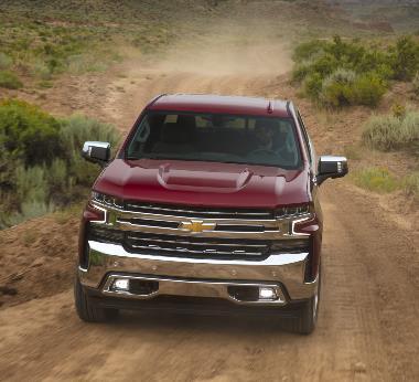 2020-Chevrolet-Silverado-LTZ-front_1