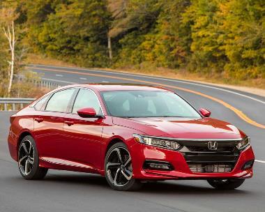 3.-Honda-Accord_front_right